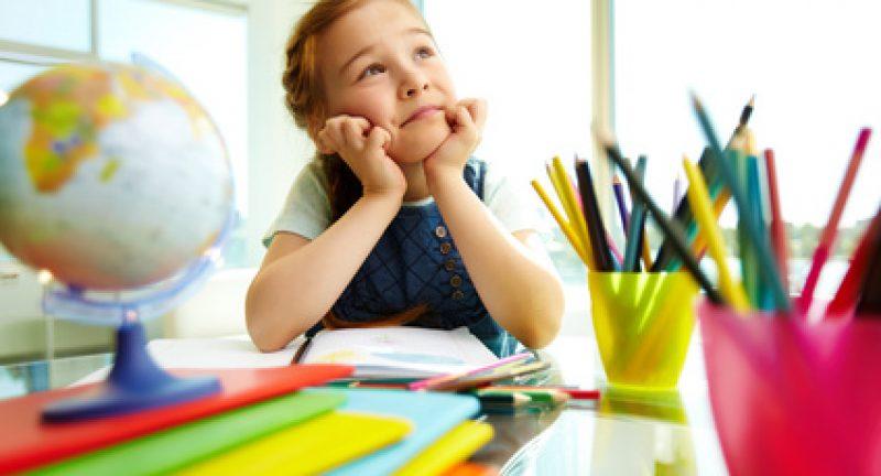 Défice de atenção e perturbações do comportamento na escola e em casa: medicar ou não medicar?