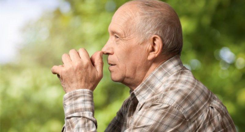 Um em cada três casos de demência são evitáveis e nem são precisos medicamentos